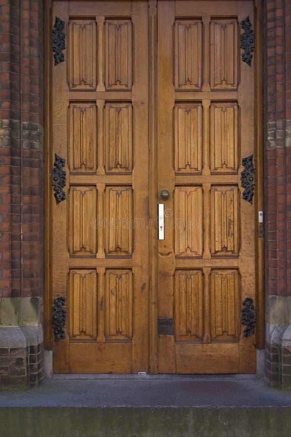 Doppelte Türen lizenzfreie stockfotografie