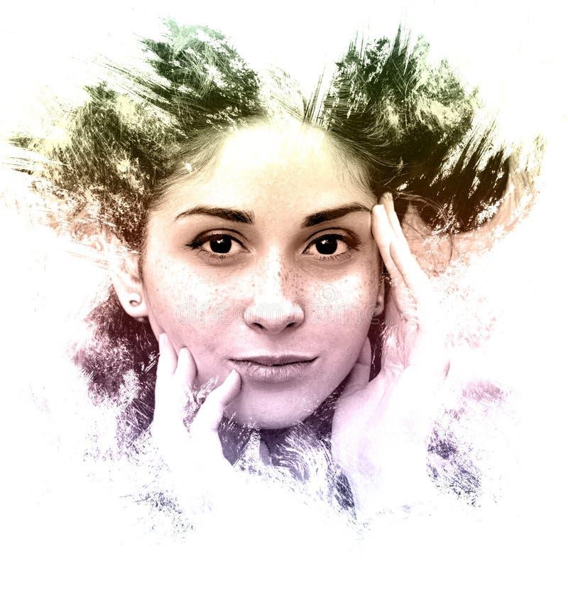 Doppia esposizione di un ritratto creativo della ragazza Art Dramatic immagini stock libere da diritti