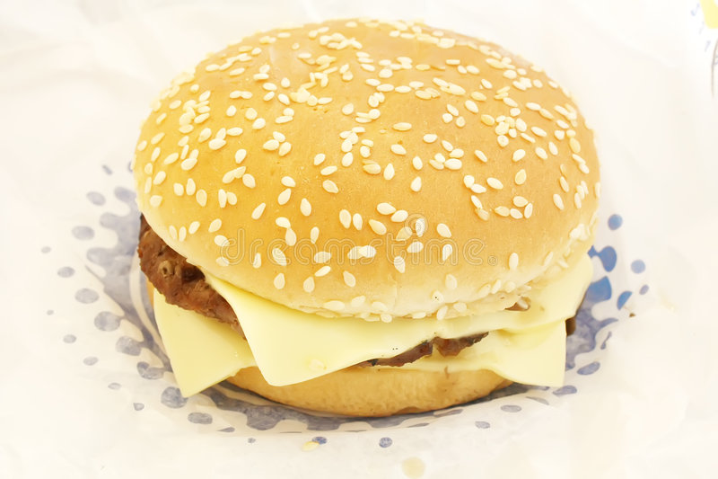 Doppio hamburger del formaggio immagine stock libera da diritti