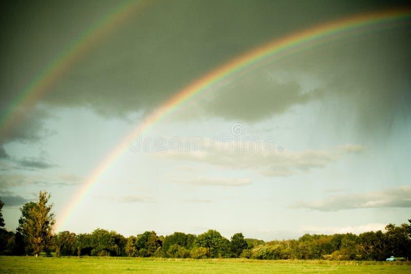 Doppio Rainbow immagini stock libere da diritti