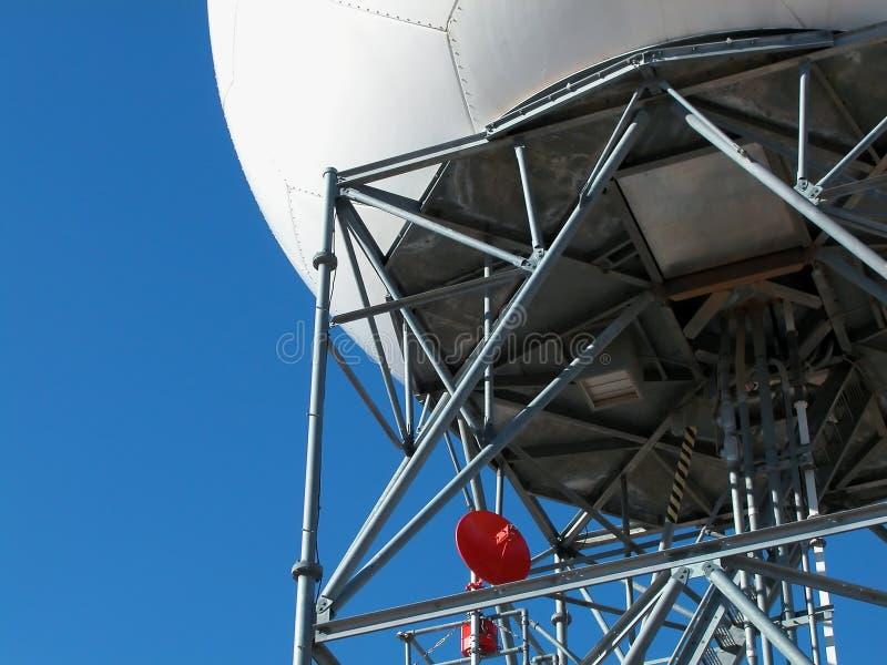 Doppler Radar-Bajo torre imágenes de archivo libres de regalías