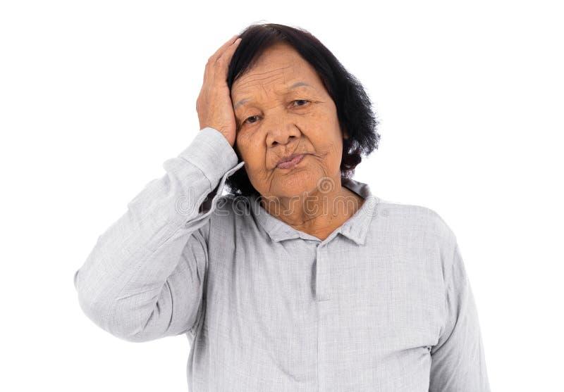 Dor de cabeça superior da sensação da mulher isolada no fundo branco foto de stock royalty free