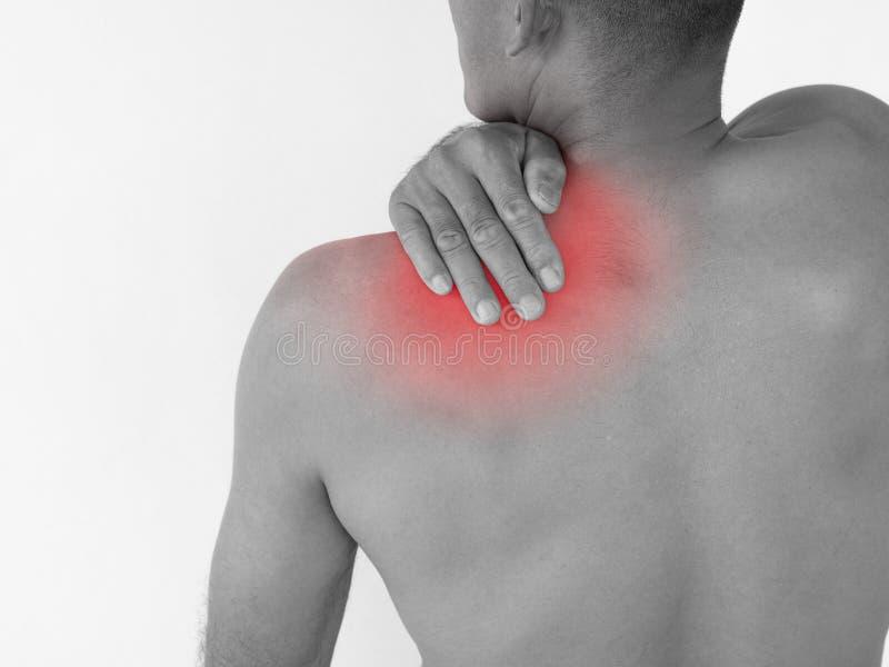 Dor preto e branco no pescoço Homem com dor lombar isolado sobre fotos de stock