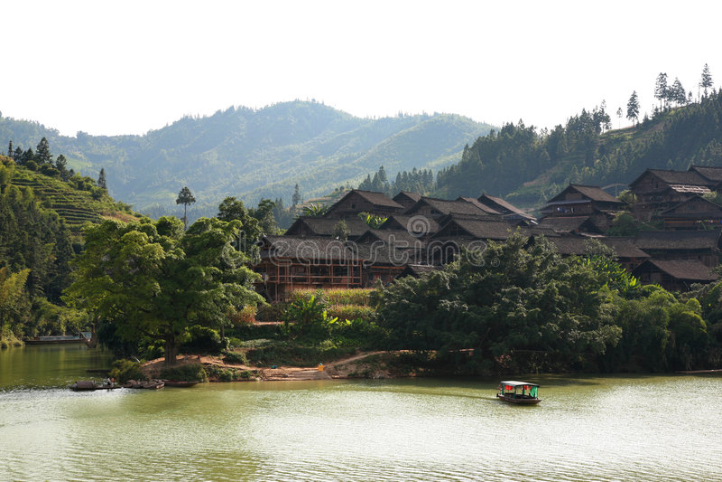 Download Dorf stockfoto. Bild von schön, chinesisch, berge, durchlauf - 9083464