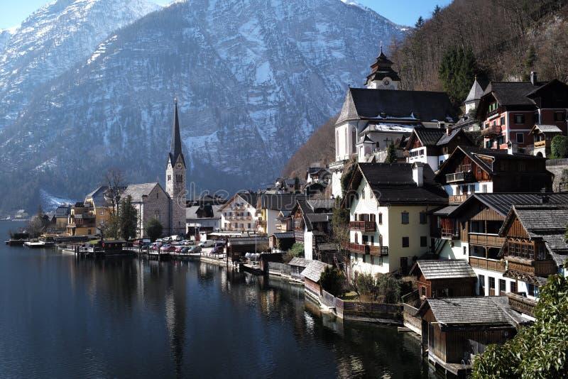 Dorf auf See Hallstatt lizenzfreies stockfoto