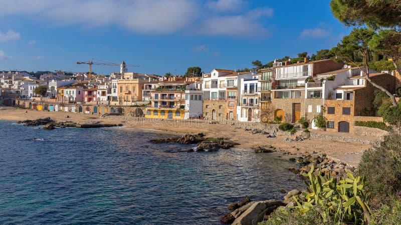 Dorf-Calella-De Palafrugell Costa Brava, Spanien in der Winterzeit lizenzfreies stockbild