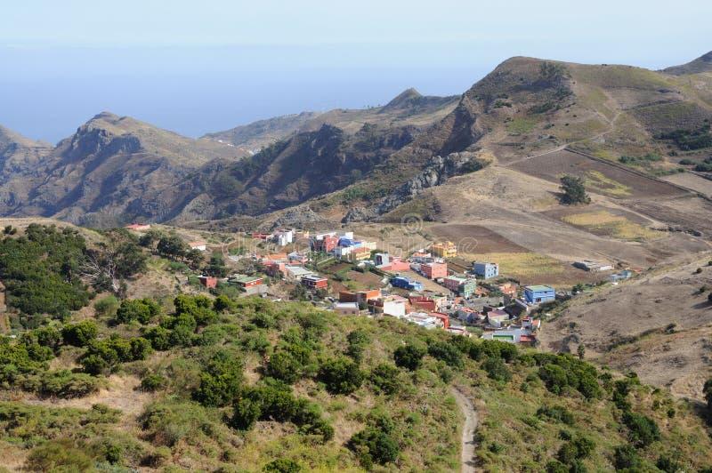 Dorf in den Bergen. Tenerife, Spanien stockfotos
