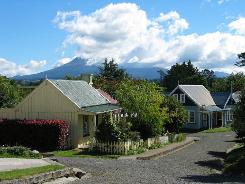 Download Dorf der Siedleren stockfoto. Bild von dach, wiedergabe - 48438