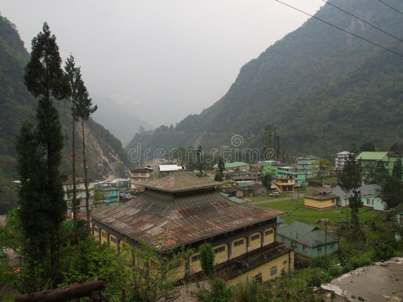 Dorf Lachen und Lachung, Sikkim INDIEN, am 14. April 2013: ein s stockbild