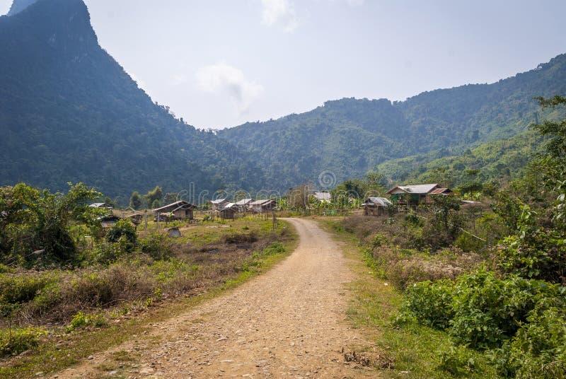 Dorf in Laos lizenzfreies stockbild