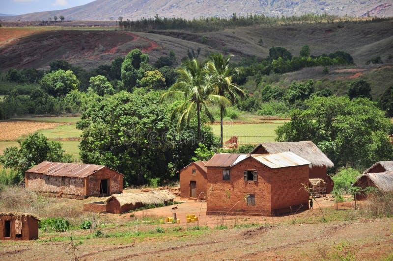 Dorf und Landschaft von Madagaskar lizenzfreie stockfotos