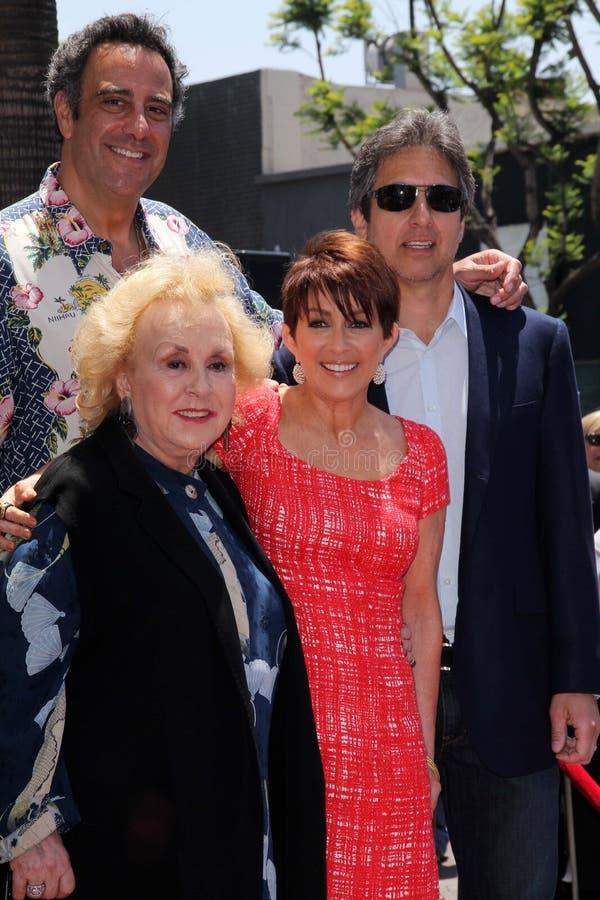 Doris Roberts, Brad Garrett, Patricia Heaton, Ray Romano bij de Gang van Patricia Heaton Star On The Hollywood van Bekendheid, Hol royalty-vrije stock fotografie