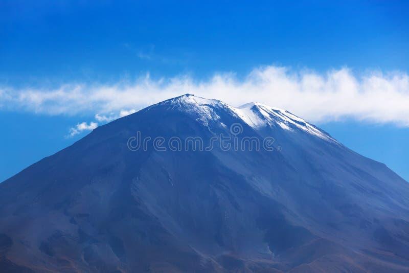 dormant vulkan arkivfoto