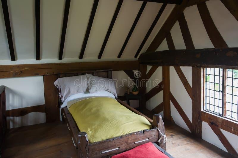 Dormitorio antiguo imagen de archivo libre de regalías