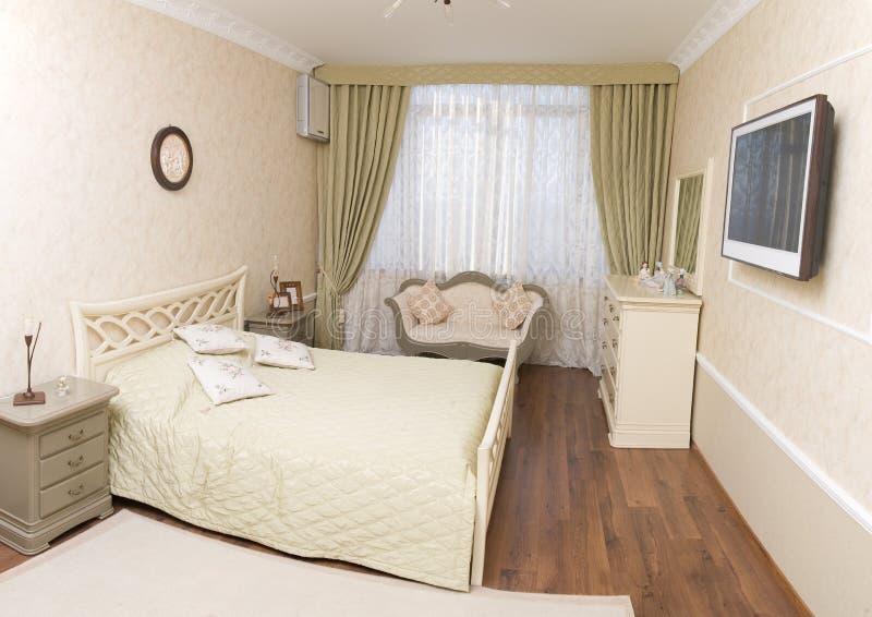 Dormitorio brillante imágenes de archivo libres de regalías