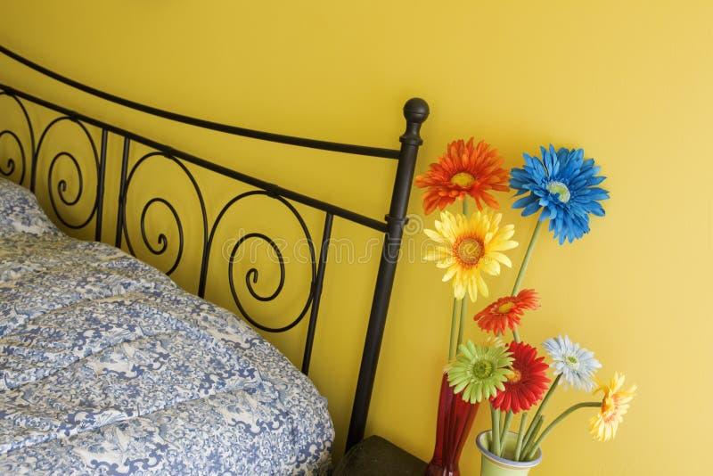 Dormitorio colorido fotos de archivo libres de regalías