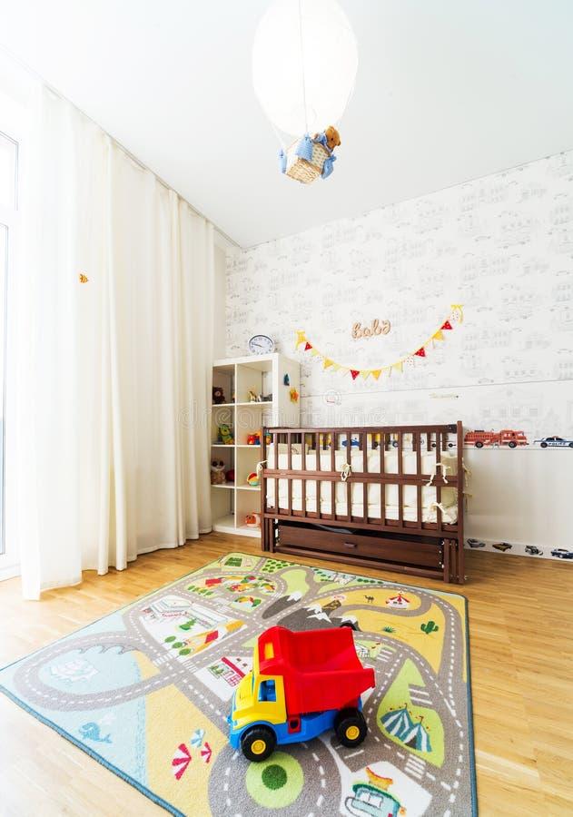 Dormitorio del bebé imagenes de archivo