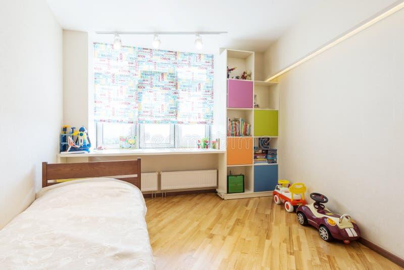 Dormitorio del bebé imagen de archivo