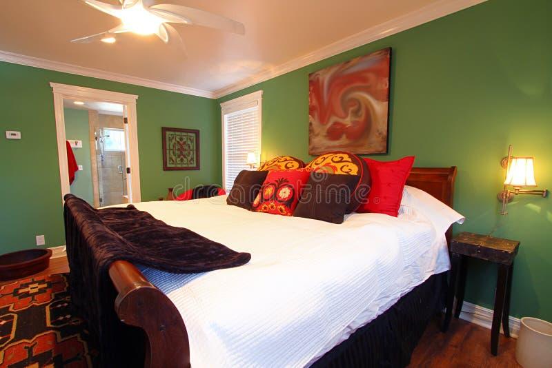 Dormitorio doble lujoso fotos de archivo