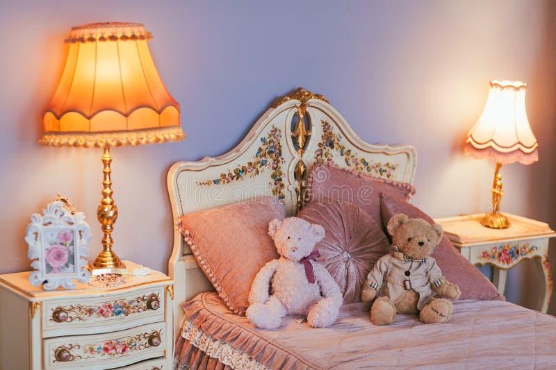 Dormitorio interior fotografía de archivo libre de regalías