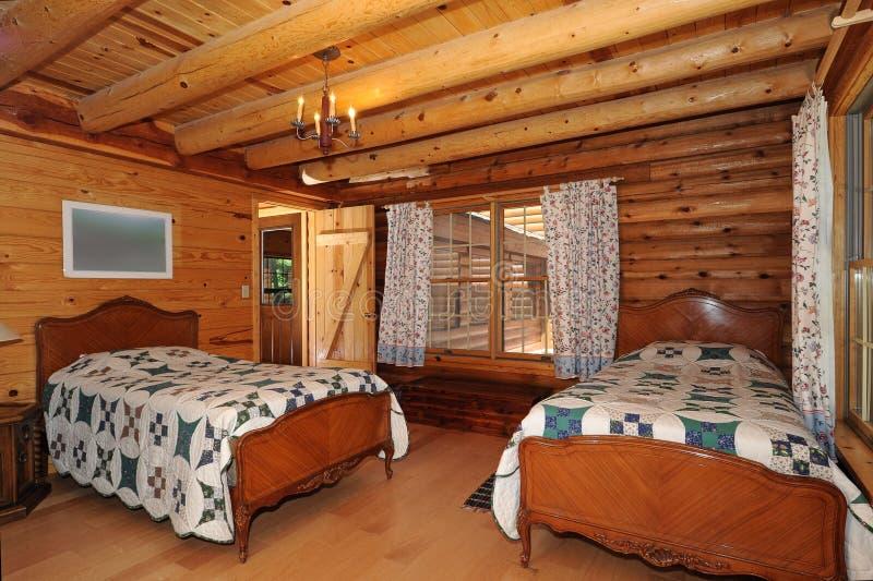 Dormitorio moderno de la casa de registro imagen de archivo libre de regalías