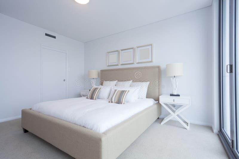 Dormitorio principal imágenes de archivo libres de regalías
