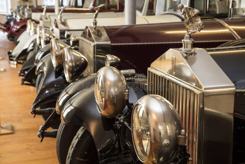 Dornbirn, Áustria, o 12 de junho de 2015: Detalhe dianteiro de uma Rolls royce v imagens de stock