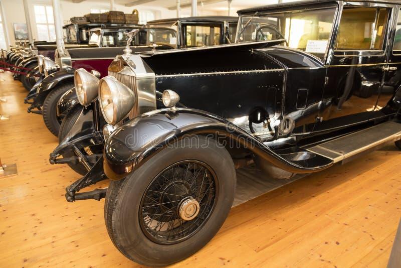 Dornbirn, Áustria, o 12 de junho de 2015: Detalhe dianteiro de uma Rolls royce v imagem de stock