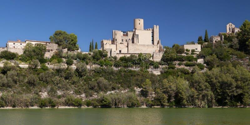 Dorp en Kasteel van Castellet stock afbeelding