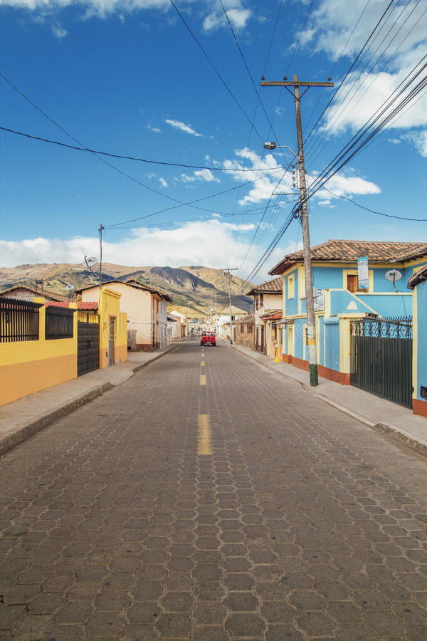 Dorp in Landelijk Ecuador stock afbeelding