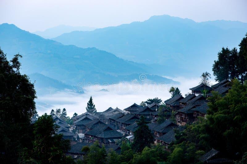 Dorp van de Chinese Miao-minderheid stock fotografie