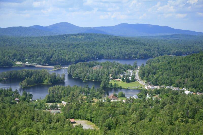 Dorp van Lang Meer in het Adirondack Park, NY royalty-vrije stock fotografie