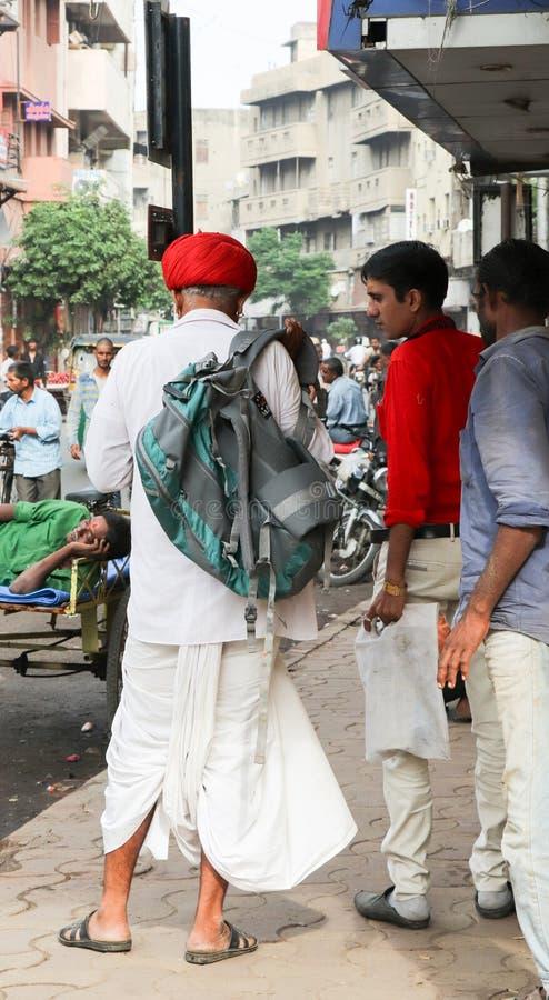 Dorpsbewoner met technologie, Ahmedabad - India royalty-vrije stock foto's