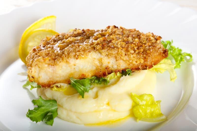 Dorsz ryba z puree ziemniaczane fotografia royalty free