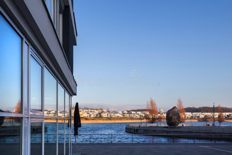 Dortmund Germany phoenixsee jezioro w zimie fotografia stock