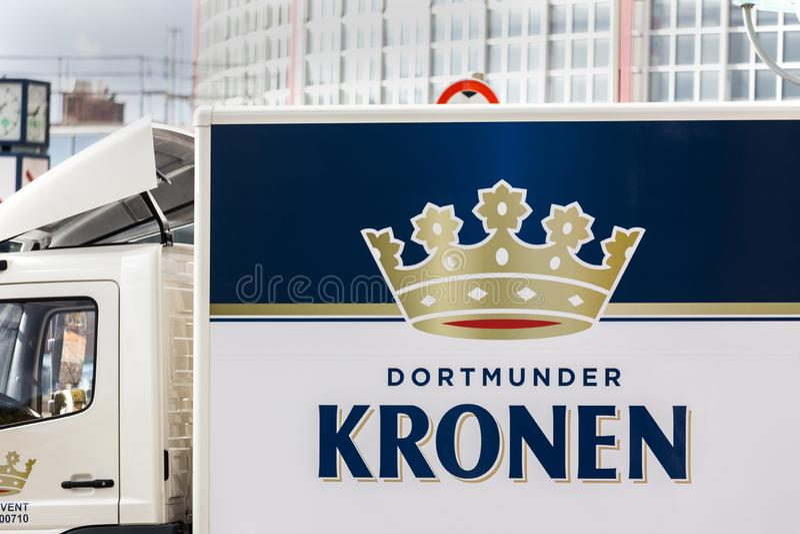 Dortmund, Noordrijn-Westfalen/Duitsland - 22 10 18: dortmunder kronen bierteken in Dortmund Duitsland royalty-vrije stock foto's