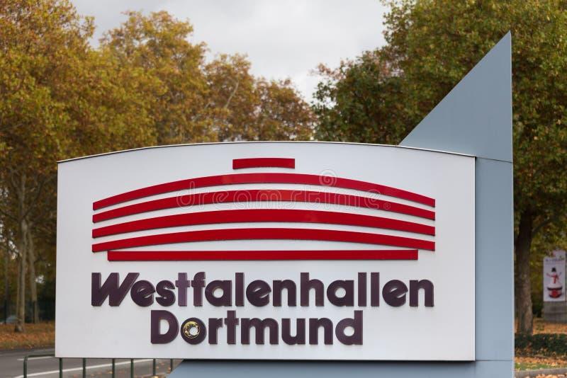 Dortmund, Noordrijn-Westfalen/Duitsland - 22 10 18: westfalenhalle het teken van Dortmund in Dortmund Duitsland stock afbeeldingen