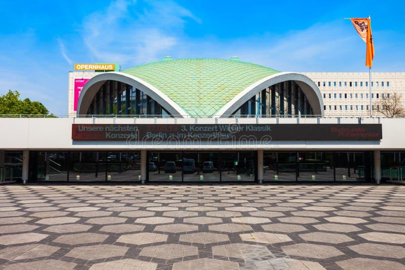 Dortmund Opernhaus o teatro de la ópera fotos de archivo libres de regalías