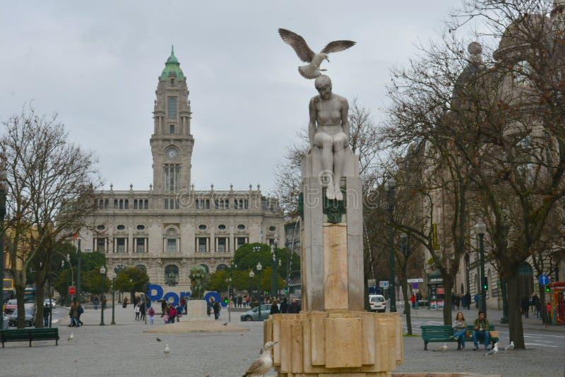 Dos Aliados de Avenida, Porto O nome deste bulevar central traduz como 'a avenida dos aliados ' foto de stock