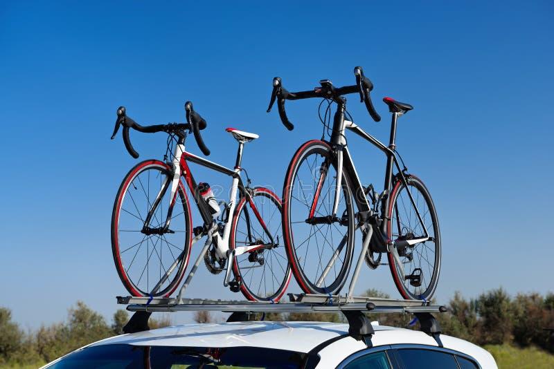 Dos bicis del camino imagen de archivo libre de regalías