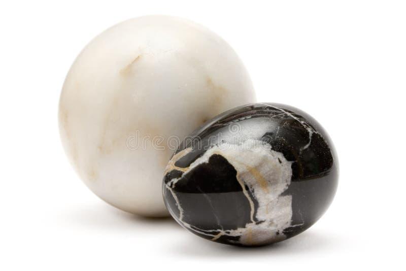 Dos bolas de mármol imagenes de archivo