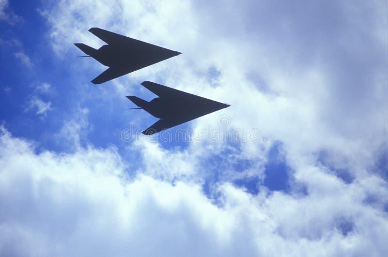Dos bombarderos de la cautela en vuelo, Washington, D C fotografía de archivo