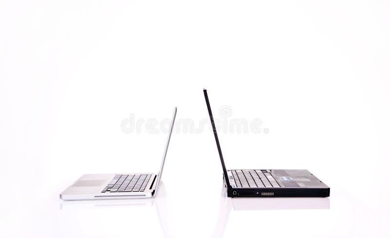 Dos computadoras portátiles foto de archivo libre de regalías