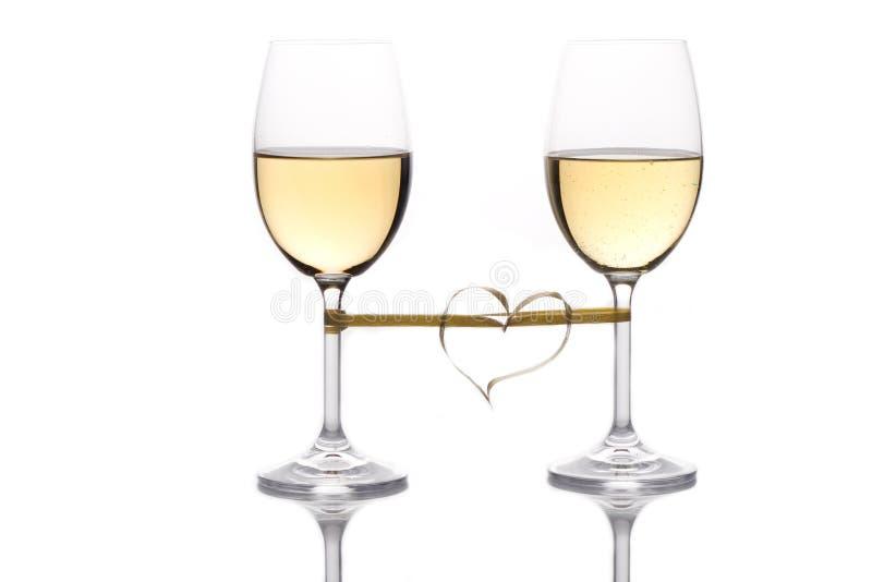 Dos copas de vino foto de archivo libre de regalías