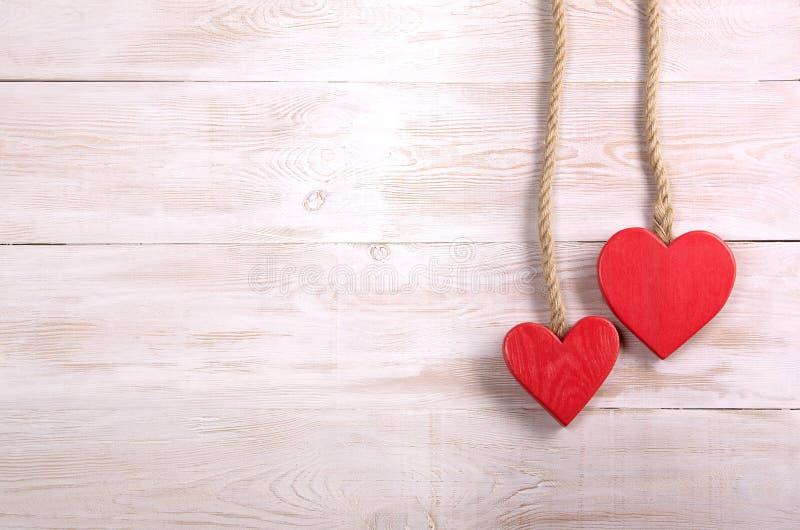 Dos corazones bacground de día de San Valentín imágenes de archivo libres de regalías