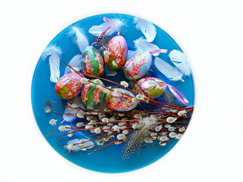 Dos cumprimentos azuis da ilustração da árvore de salgueiro da placa dos ovos da páscoa projeto azul do feriado do tema do fundo fotos de stock