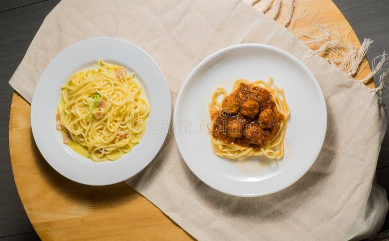 Dos espaguetis fotografía de archivo