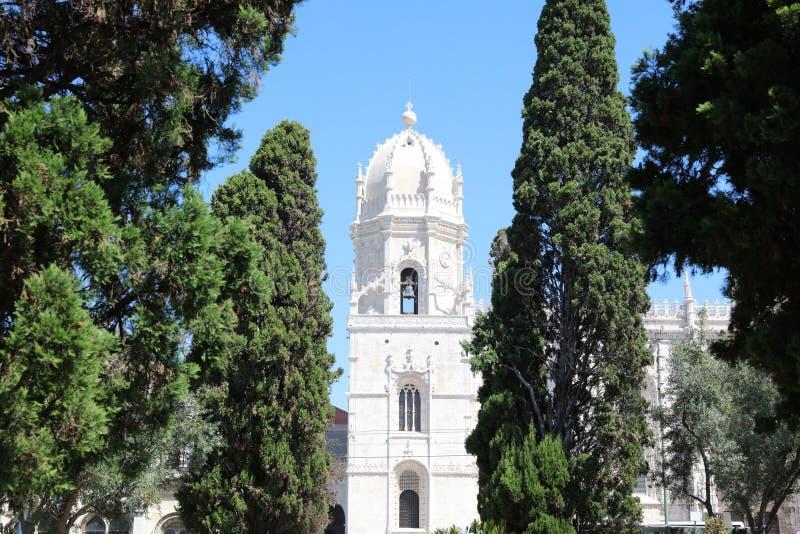 Dos Jeronimos van Mosteiro lissabon stock fotografie