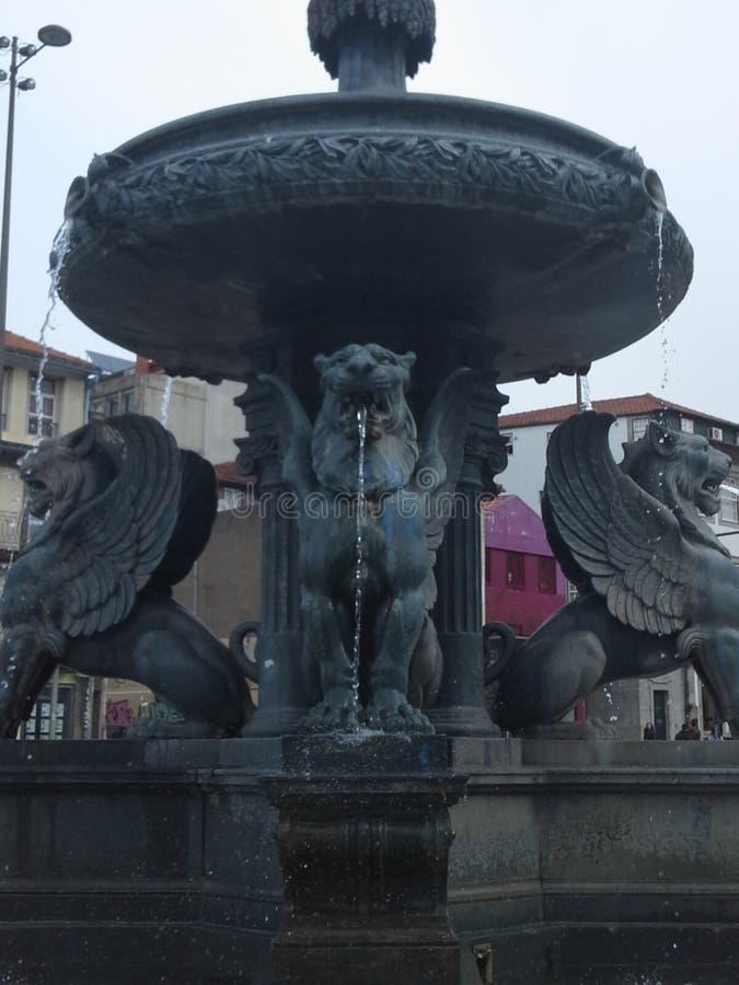 DOS Leões de Fonte ningún Oporto imagen de archivo