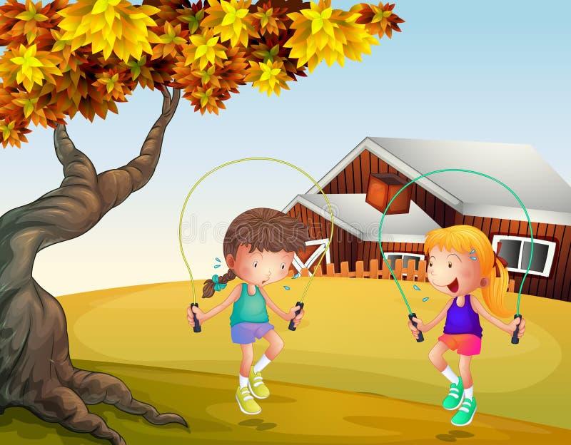 Dos muchachas que juegan la cuerda de salto en el patio trasero ilustración del vector